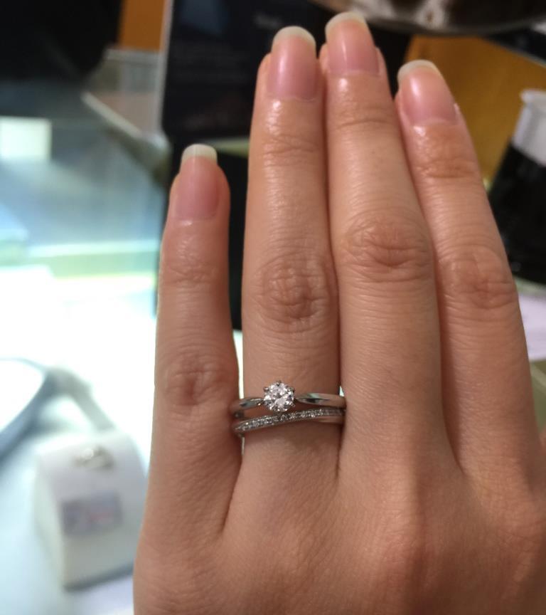 婚約指輪(エンゲージリング)結婚指輪(マリッジリング)重ね付け_2