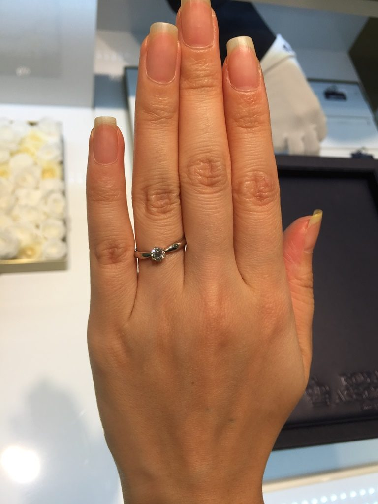 ロイヤルアッシャー_婚約指輪3