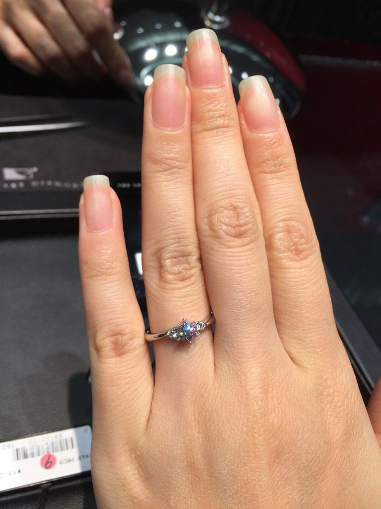 ラザールダイヤモンド_婚約指輪4