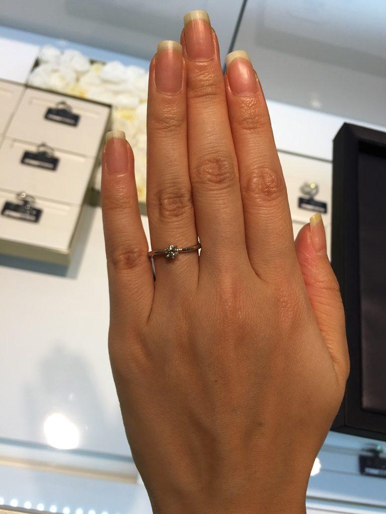 ロイヤルアッシャー_婚約指輪2