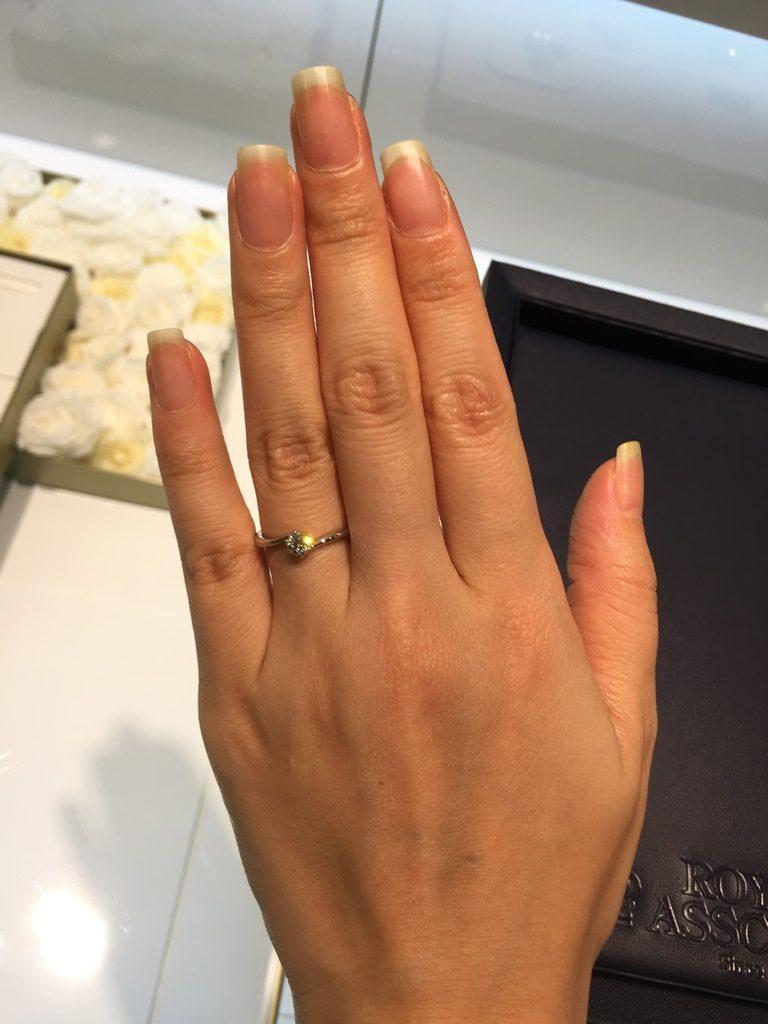 ロイヤルアッシャー_婚約指輪4