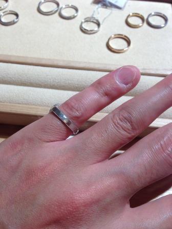結婚指輪_槌目_プラチナつや消し