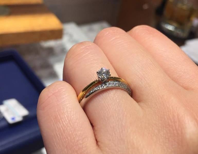銀座ダイヤモンドシライシ重ね付けゴールド