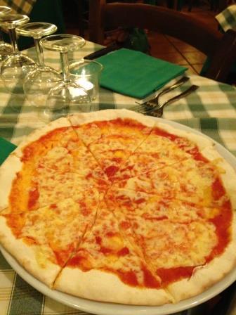 ローマ 新婚旅行 レストラン