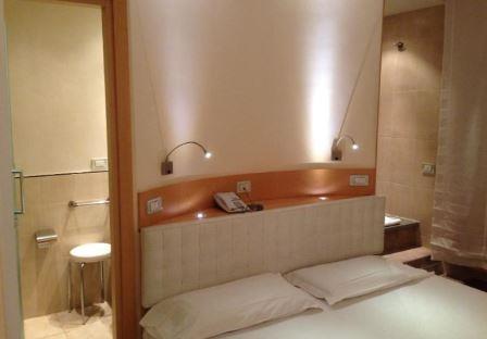 ローマ 新婚旅行 ホテル