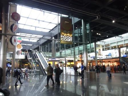 オランダ 空港